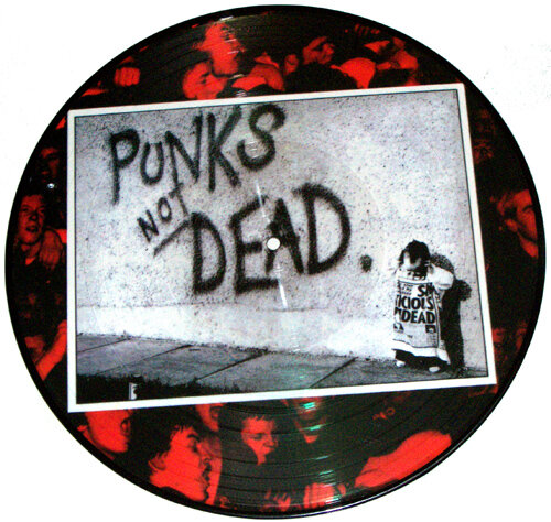 EXPLOITED / PUNKS NOT DEAD